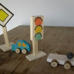 Bastelideen Holz Fahrzeuge und Verkehrszeichen