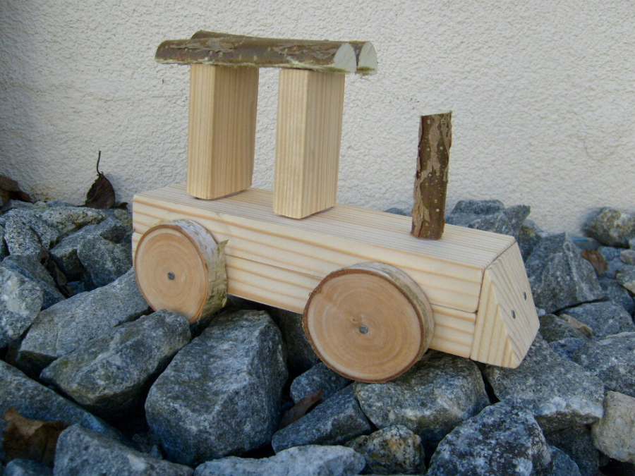 Lokomotive aus Holz bauen